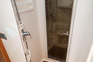 photo of Intrepid-475-Sport-Yacht-2014-Holy-Moses-Fort-Lauderdale-Florida-United-States-Enclosed-Shower-983773
