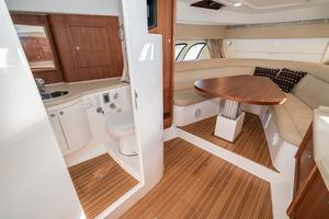 47' Intrepid 475 Sport Yacht 2014 Head and Dinette Forward