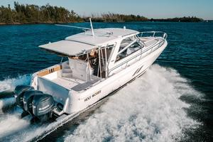 47' Intrepid 475 Sport Yacht 2014 Stbd Aft w/ Cockpit Sunshade