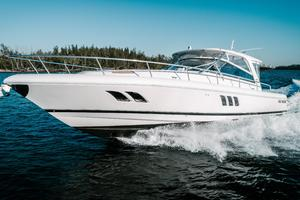 47' Intrepid 475 Sport Yacht 2014 Profile Port