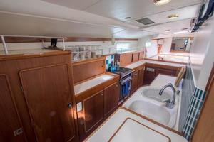 62' Deerfoot 2-62' 1987 Deerfoot 62' - galley forward view