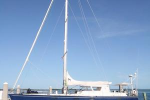 62' Deerfoot 2-62' 1987 Deerfoot 62' - profile with full mast