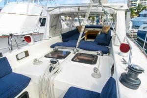 62' Deerfoot 2-62' 1987 Deerfoot 62' - center cockpit dodger / pilothouse