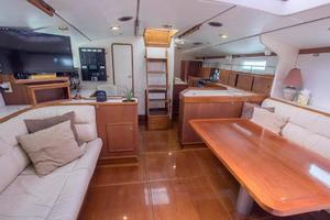 62' Deerfoot 2-62' 1987 Deerfoot 62' - salon aft view aft