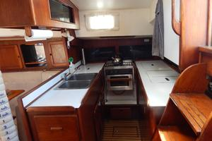46' Morgan 462 1981 Galley