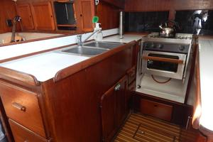 46' Morgan 462 1981 Galley-2
