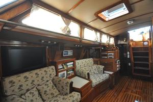 60' Maple Leaf 60 1983 Salon