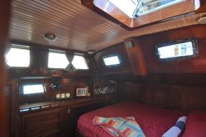 60' Maple Leaf 60 1983 Afg Cabin-2