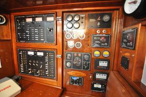 60' Maple Leaf 60 1983 Na instruments