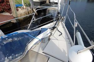 53' Amel Mango 1982 forward deck