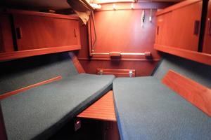 53' Amel Mango 1982 Forward cabin
