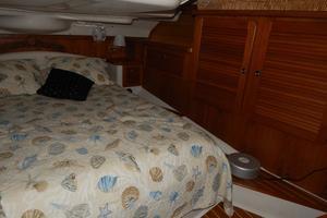 47' Catalina 470 1999 Aft Cabin-2