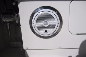 60' Bertram Convertible 1995 Cockpit Speakers