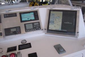 60' Bertram Convertible 1995 Flybridge Electronics