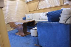 60' Bertram Convertible 1995 Main Salon Port Aft