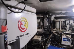 60' Bertram Convertible 1995 Air Conditioning Compressors