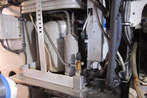 60' Bertram Convertible 1995 Air Conditioning Compressor
