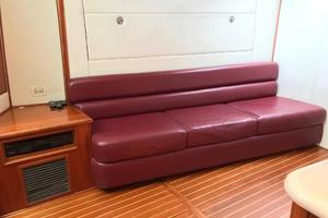 52' Buddy Davis Express 2002 Main Salon Couch