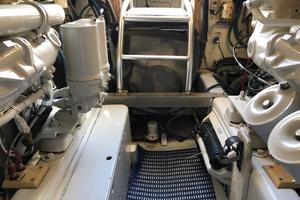 52' Buddy Davis Express 2002 Engine Room Looking Aft