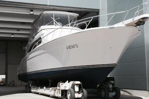 63' Bertram Convertible 2007 Stored Indoors For Winter Seasons