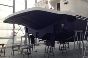 63' Bertram Convertible 2007 Swim Platform and Bottom Detail