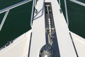 63' Bertram Convertible 2007 Anchor and Anchor Windlass