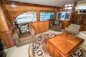 64' Hatteras 64 Motor Yacht 2006 Salon Port