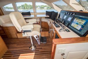 64' Hatteras 64 Motor Yacht 2006 Helm and Helm Chair