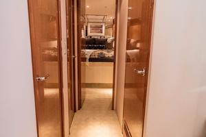 64' Hatteras 64 Motor Yacht 2006 Companionway Looking Forward