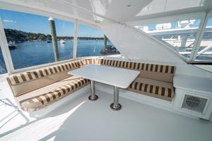 64' Hatteras 64 Motor Yacht 2006 L-Shaped Seating and Table