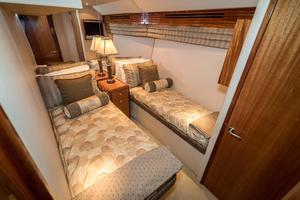 64' Hatteras 64 Motor Yacht 2006 Guest Stateroom Looking Aft