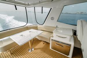 50' Riviera 50 Enclosed Bridge 2015 L-Shaped Seating, Wetbar, and Fridge