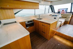 50' Riviera 50 Enclosed Bridge 2015 U-Shaped Galley to Port
