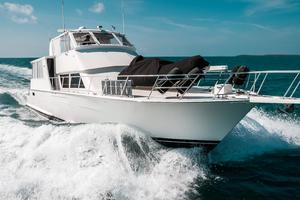 60' Viking 60 Motor Yacht 1996 Stbd Bow