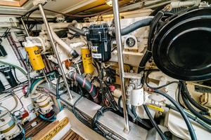 49' Grand Banks 49 Eastbay HX 2002 Stbd Engine