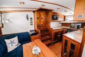 49' Grand Banks 49 Eastbay HX 2002 Cabin Entrance