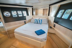 72' Absolute 72 2016 VIP Stateroom Forward