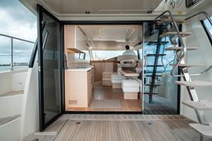 45' Beneteau Monte Carlo 4 2016 Open Entry into Salon