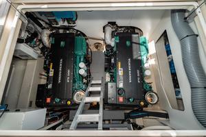 45' Beneteau Monte Carlo 4 2016 Engineroom 1