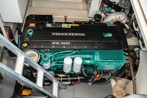 45' Beneteau Monte Carlo 4 2016 Stbd Engine