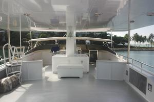 107' Denison Raised Bridge Cockpit M.y. 1991 FLYBRIDGE