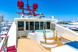 147' Sensation Yachts Golden Touch Ii 2006