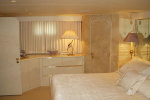 115' Denison High Speed Motoryacht 1988 Master Stateroom (Port Side)