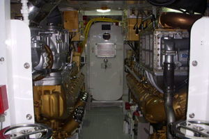 115' Denison High Speed Motoryacht 1988 Engine Room