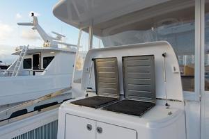 80' Hatteras 80 Motor Yacht 2013