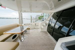 70' Azimut 70 Flybridge Trade In 2010