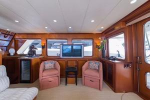 66' Offshore 66' Pilothouse 2005 Salon Starboard TV Up