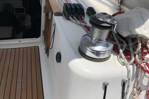 49' Beneteau America 49 2007 Starboard electric maneuvering winch