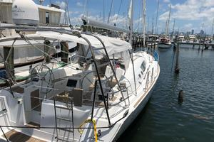 49' Beneteau America 49 2007 Stainless arch