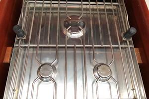 49' Beneteau America 49 2007 Never used stove
